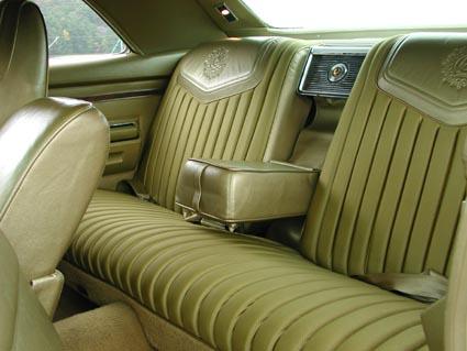 1971 Chrysler Imperial LeBaron on 1985 chrysler lebaron, plymouth fury, dodge polara, chrysler gran fury, 1960 chrysler lebaron, chrysler lebaron convertible red, amc gremlin, chrysler new yorker, chrysler cordoba, 1975 chrysler lebaron, chrysler newport, chrysler pt cruiser car, chrysler k car limousine, plymouth valiant, chrysler lebaron 4 door, dodge monaco, 90 chrysler lebaron, 1931 chrysler lebaron, chrysler lebaron gts, dodge charger, lincoln continental, chrysler lebaron coupe, 1978 chrysler lebaron, chrysler town & country, chrysler 300 sedan, 1979 chrysler lebaron, 1987 chrysler lebaron, 1980 chrysler lebaron,