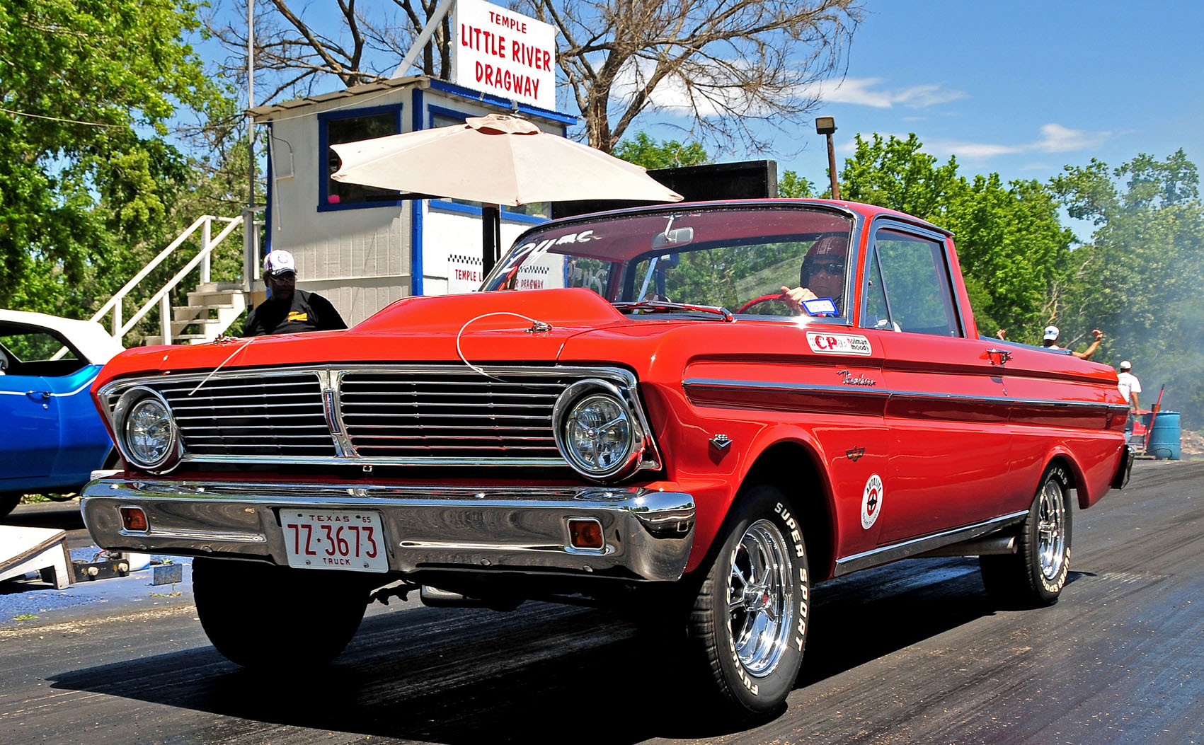 DsTdrbcPY c furthermore Tesla Crashes Parked Fire Truck Autopilot Blamed further Gold N Greedy 1966 Ford Mustang Gasser together with 65 Falcon Sprint For Sale in addition 5 Tips For Building A 5000 Pro Touring Mustang. on 65 falcon drag car