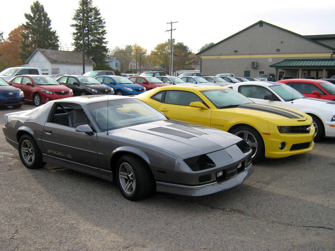 A contribution by david armstead from zanesville ohio usa the grey 1988 chevrolet camaro iroc z belongs to mr armstead