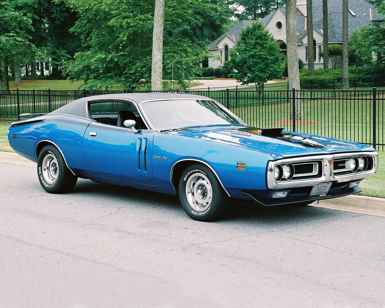 1971 Dodge Charger R T 440 1971 Plymouth Cuda 440 6